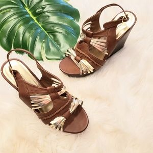 Madden Girl tan and gold wedge